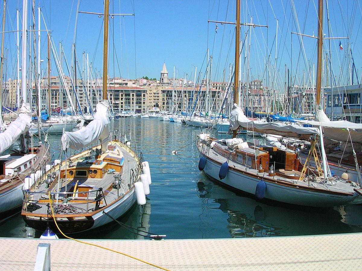 Marinai perduti wikipedia - Mcdo vieux port marseille ...