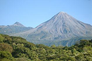 Volcanoes of Colima.jpg