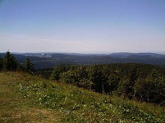 Thuringian Forest - Image: Vom Schneekopf nach Oberhof panoramio