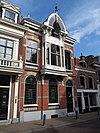 foto van Woonhuis in de stijl van het Eclecticisme met invloeden van de Chalet-stijl en de Art-Nouveau