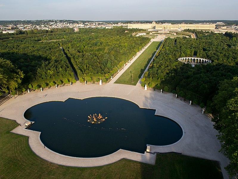File:Vue aérienne du domaine de Versailles par ToucanWings - Creative Commons By Sa 3.0 - 146.jpg