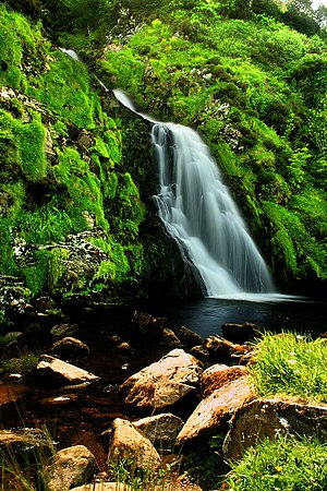English: Waterfall in Donegal, Ireland