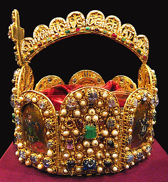 Imperial Crown of the Holy Roman Empire - Side view of the crown, showing the hoop