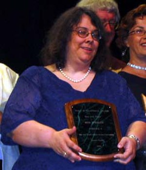Wen Spencer - Wen Spencer accepting the Campbell Award at the 2003 World Science Fiction Convention in Toronto
