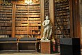 Wien, Österreichische Nationalbibliothek, Prunksaal (1726) (38751259855).jpg