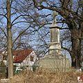 Wieniawa, Krzyż przydrożny - fotopolska.eu (295847).jpg