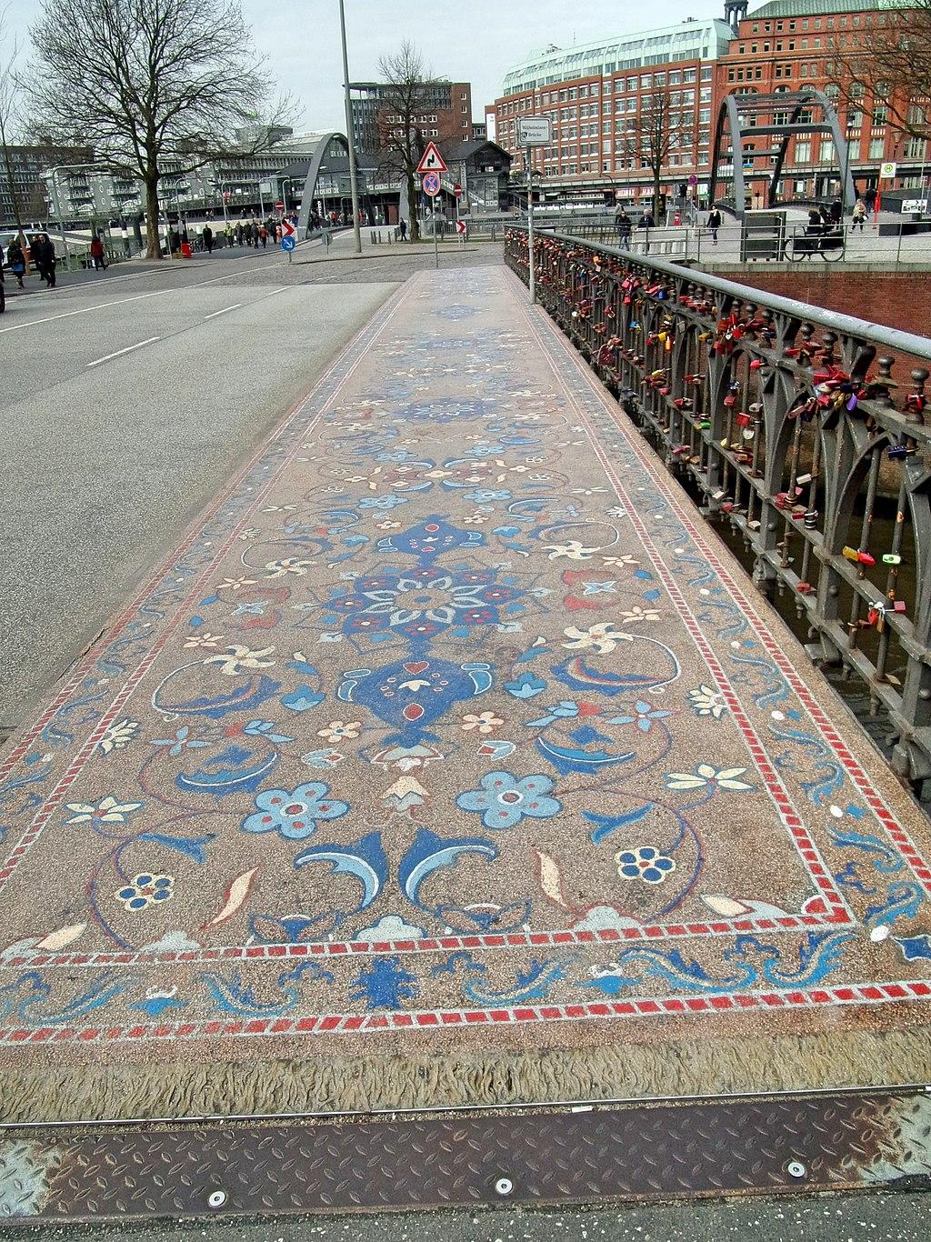 Wilhelminen-Brücke Mosaik Steinerner Orientteppich (3)