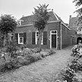 Woning links naast het hoofdgebouw - Delft - 20050502 - RCE.jpg