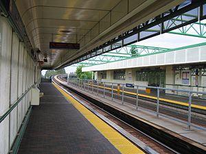 22nd Street station (SkyTrain) - Image: YVR22ndstrstn