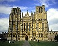 """""""Head On"""" View of Wells Cathedral - geograph.org.uk - 22865.jpg"""