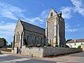 Église Saint-Vigor de Soliers. Vue nord-est.jpg