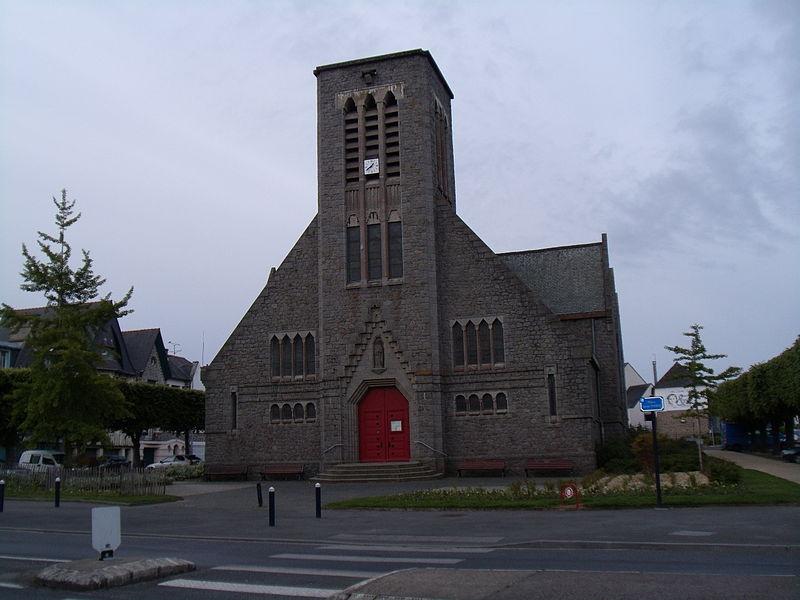 L'église Sainte-Thérèse de Gouédic à Saint-Brieuc