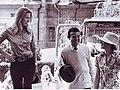Анна (принцесса Великобритании) в Киеве возле гостиницы в 1970-х гг..jpg