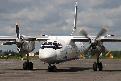 Антонов Ан-26 9906, Санкт-Петербург - Пулково RP94291