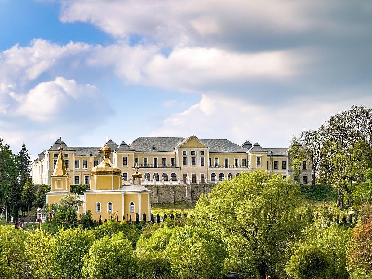 Палацовий комплекс у Вишнівці P1620012.jpg