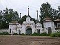 Святые ворота Михайло-Архангельского монастыря-снаружи.jpg