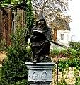 Статуя монаха костёл на вул. Бетховена.jpg