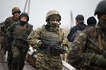 У Миколаєві 120 військовослужбовців склали клятву морського піхотинця та отримали чорні берети (31025415965).jpg