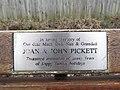 -2019-01-05 Pickett dedicated bench, Beach Road, Mundesley.JPG