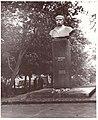 01 Пам'ятник Т.Г. Шевченку у м. Радомишлі 1971.jpg