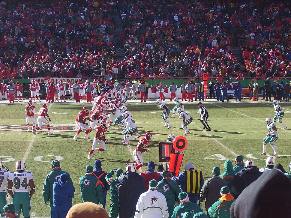081221Dolphins-Chiefs01