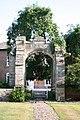 14th century gateway - geograph.org.uk - 201007.jpg