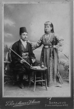 Jews in Bosnia and Herzegovina - Sephardi Jewish couple from Sarajevo in traditional clothing. Photo taken in 1900.