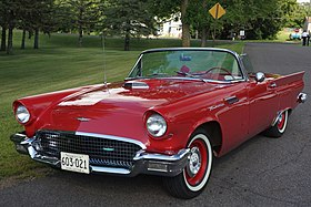 1957 Ford Thunderbird (28911503716) (cropped).jpg