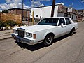 1989 Lincoln Town Car - Flickr - dave 7.jpg