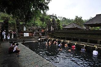 Tampaksiring - Tirta Empul Temple