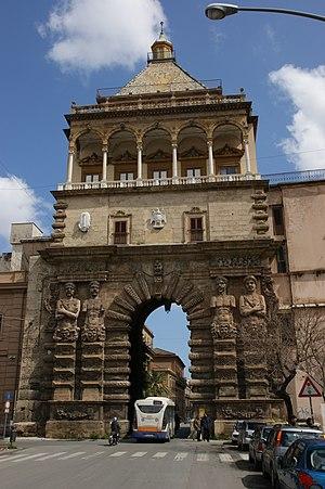 Porta Nuova, Palermo - View from Piazza Indipendenza
