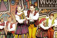 2013 Woodstock 063 Pieśni i Tańca Mazowsze.jpg