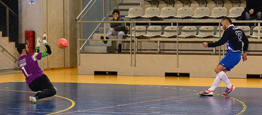 2015-02-28 16-14-34 futsal.jpg