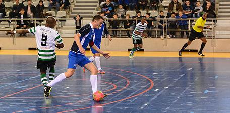 2015-02-28 17-26-08 futsal.jpg