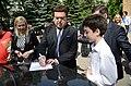 2015-05-28. Последний звонок в 47 школе Донецка 196.jpg