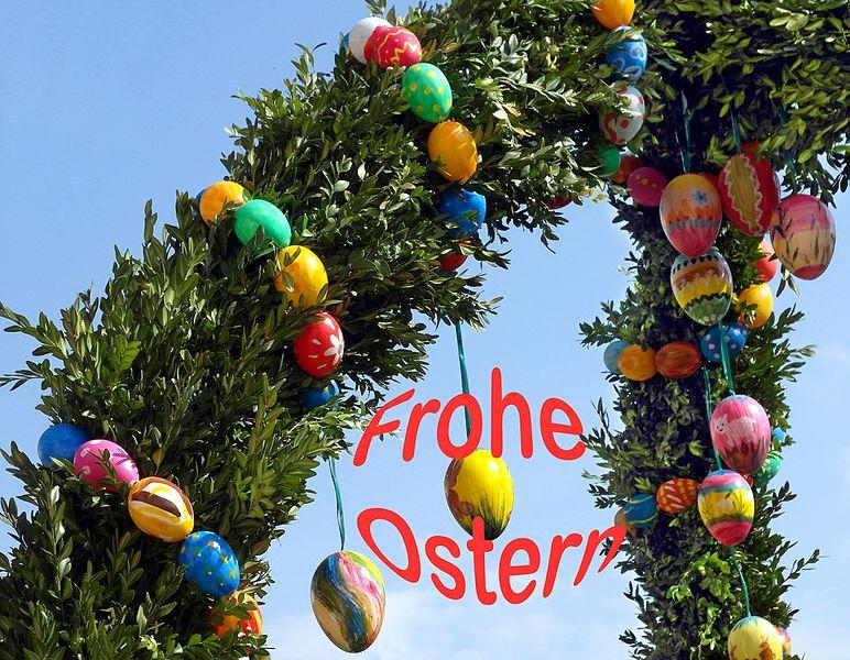 File:20160405021DR FROHE OSTERN Struppen Pfarrhaus.jpg