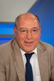Gregor Gysi German lawyer and left-wing politician