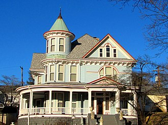 Harriman, Tennessee - Circa-1890s Queen Anne-style house in Cornstalk Heights