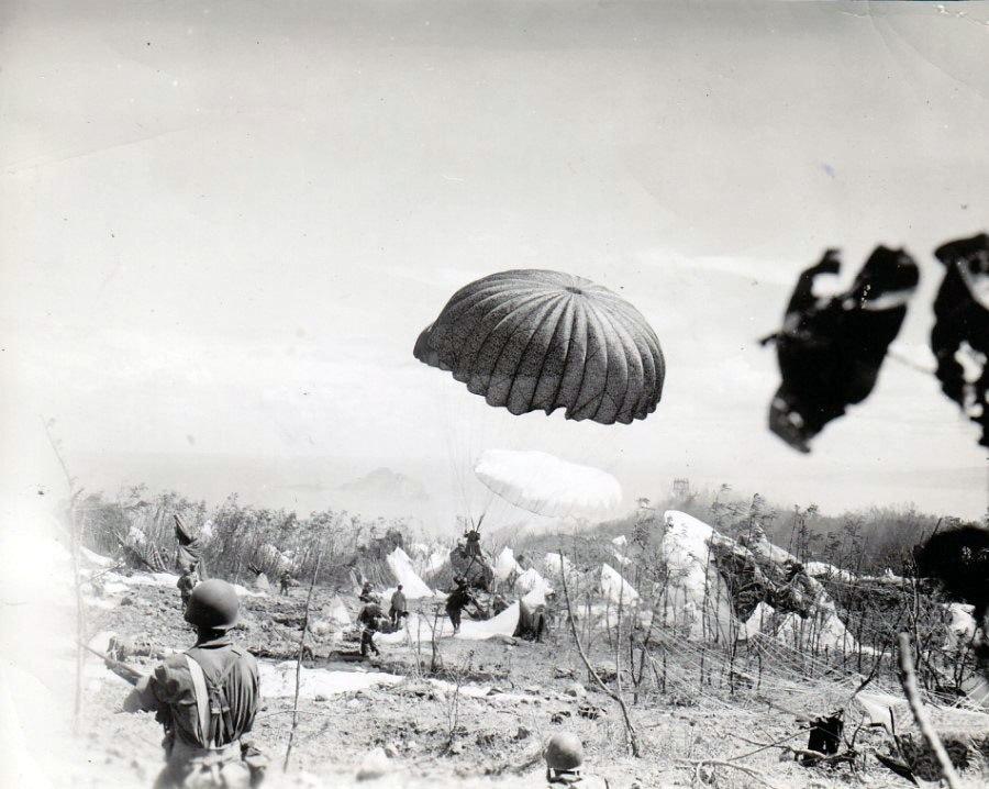 503rd paratroopers land on Corregidor, 1945