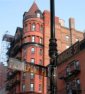 View of Brooklyn Heights in 2006; street signs at Pierrepont and Montague Streets are in the foreground, 62 Montague Street is in the background