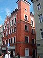 A123, Poznań, kamienica przy ul. Wrocławskiej 15 (1). Ysbail.jpg