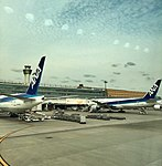 ANA Tokyo Haneda (26870350060).jpg