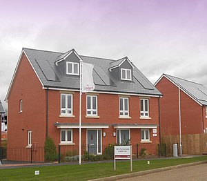 Galliford Try - A Linden Homes development in Bishops Cleeve, Gloucestershire