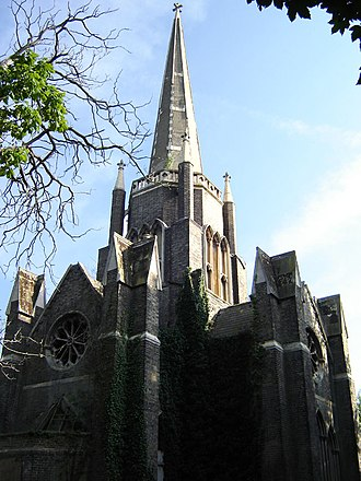 Abney Park Cemetery - The central chapel (September 2005).