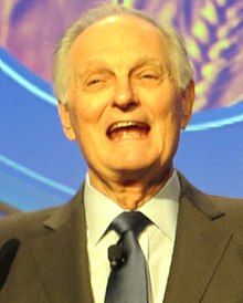 Description de l'image Alan Alda 2014 (cropped).jpg.
