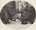 Albert, Joseph - Königin Marie mit ihren Söhnen auf der Schlosstreppe in Hohenschwangau (Zeno Fotografie).jpg
