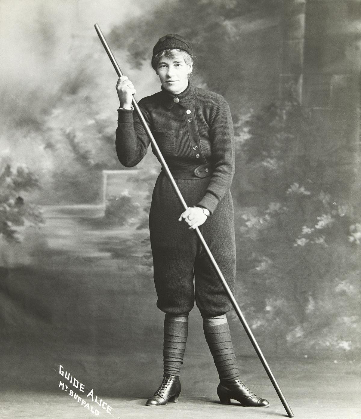 Alice Manfield Wikipedia