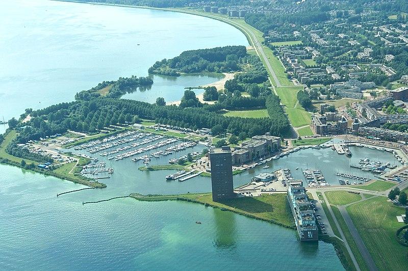 Holandija 800px-Almerehaven