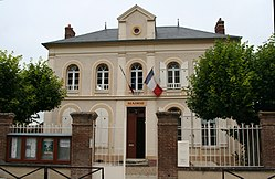 Amenucourt - Mairie01.jpg