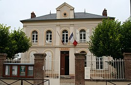 The town hall of Amenucourt